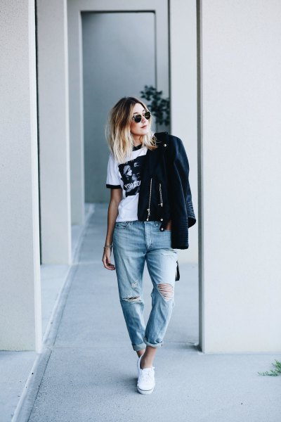 ripped jeans with white printed t-shirt and black leather jacket