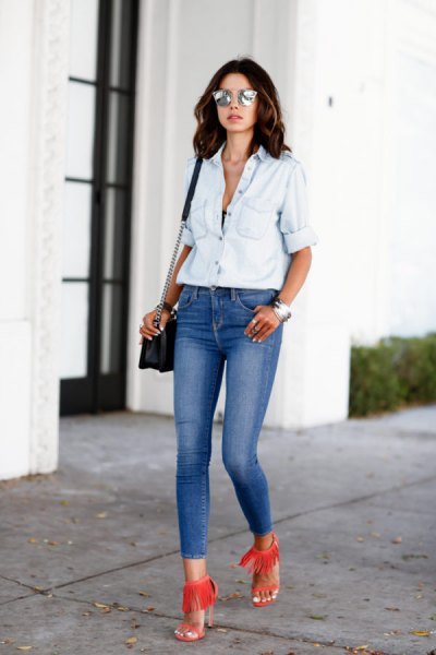 white chambray shirt with blue low waist skinny jeans