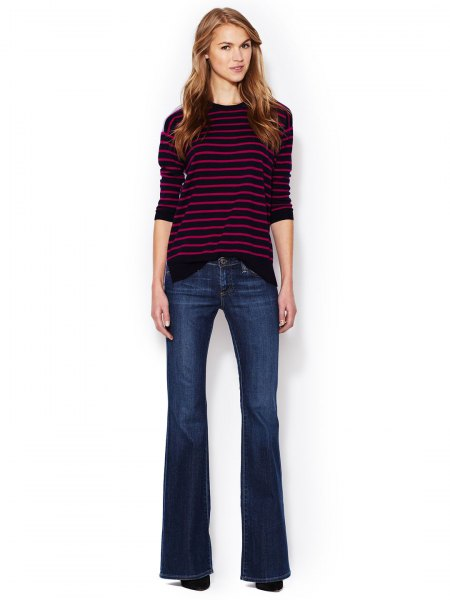gray and white striped sweater with crew neck with dark blue low inflated jeans