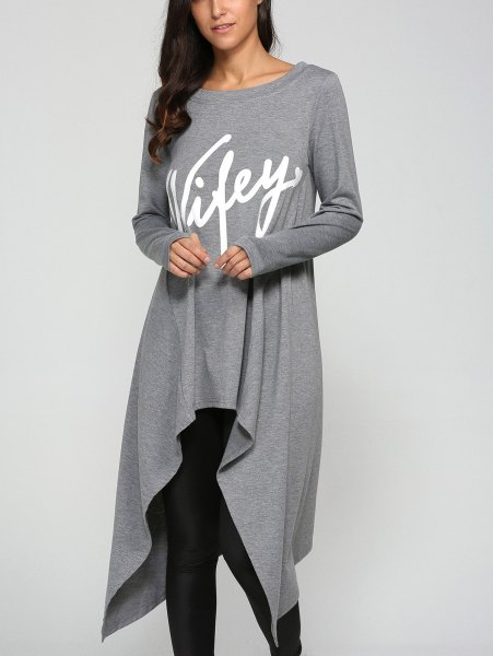 gray graphic tunic tee with black leggings