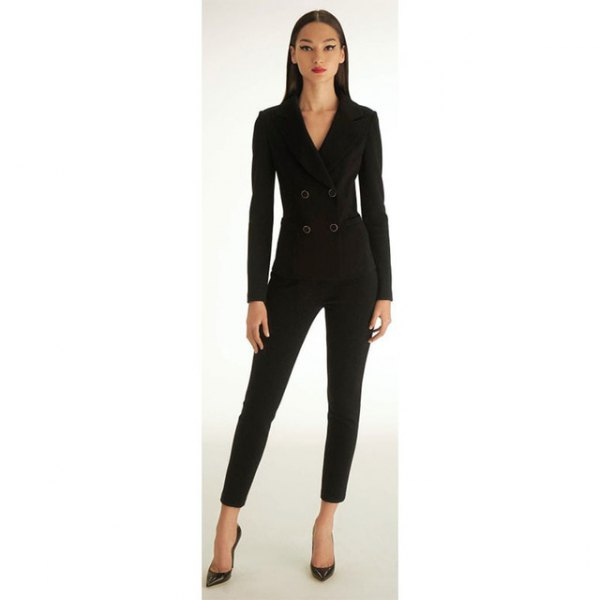 black fitted jacket with double chest edges with cropped slim fit pants