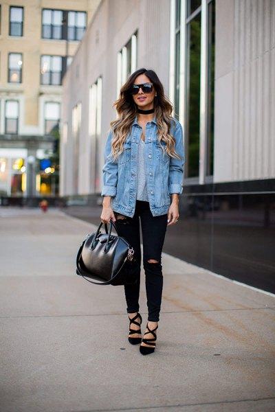 boyfriend denim jacket with black ripped skinny jeans