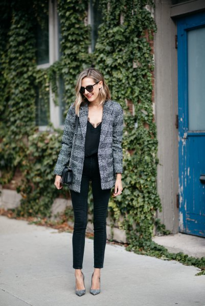 tweed boyfriend jacket with black camisole and slim jeans