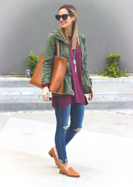 gray tunic top with denim jacket and cuffed jeans
