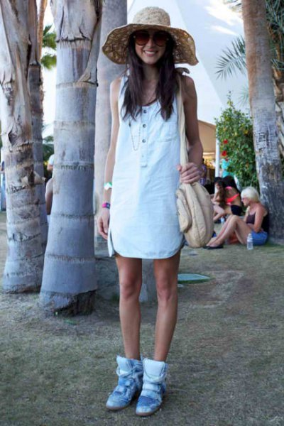 white mini-shift dress with light blue hidden wedge shoe