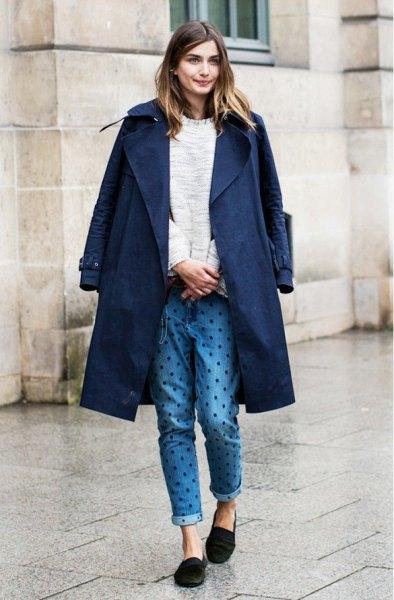 navy longline blazer with polka dot jeans