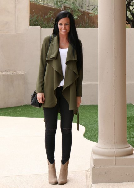 green chiffon cardigan with waterfall with black skinny jeans and suede with camel
