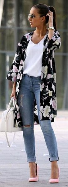 black and white flowers with three quarter arm long cardigan with blue cuffed jeans
