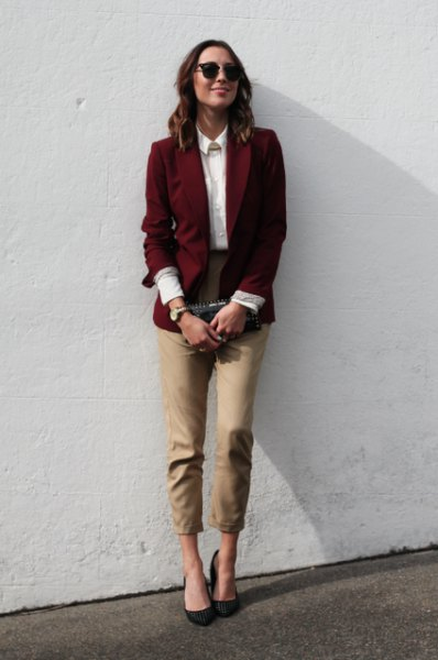 burgundy causal blazer with white collar shirt and green cropped pants
