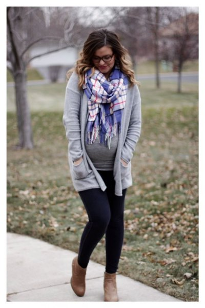 gray casual fit cardigan with blue and white checkered lace scarf