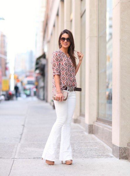 gray printed half-heated blouse with white bell bottom jeans
