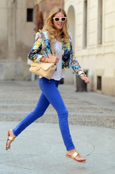 floral printed short blazer with royal blue skinny jeans