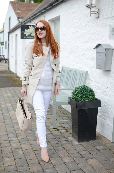 pale pink long line blazer jacket with white maternity jeans