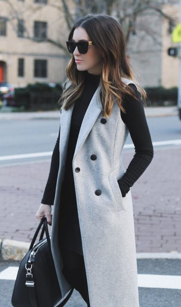 gray sleeveless double wool skirt with black shift dress