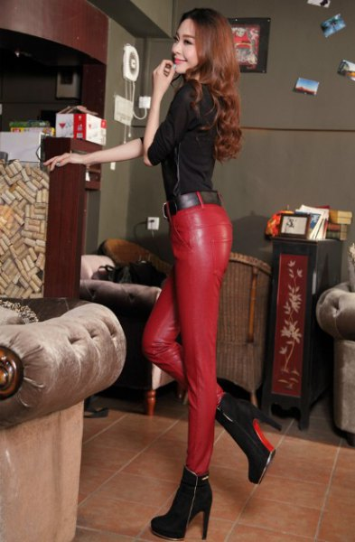 black half-heated top with red leather pants