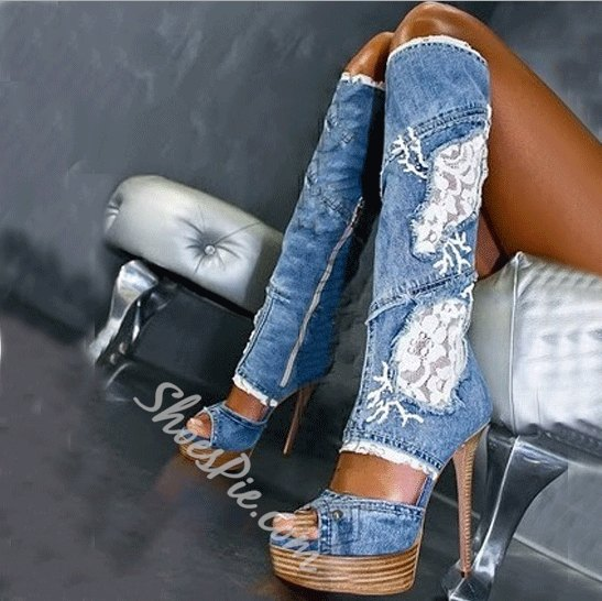 blue embroidered cut open knee with high denim shoes