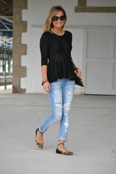 black peplum top with boyfriend jeans and leopard print flats