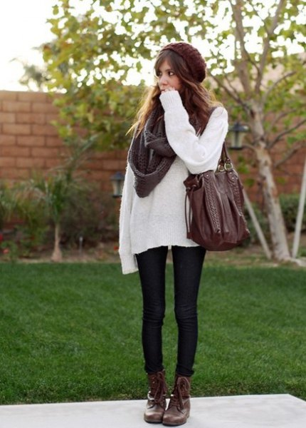 white sweater with gray scarf and black skinny jeans