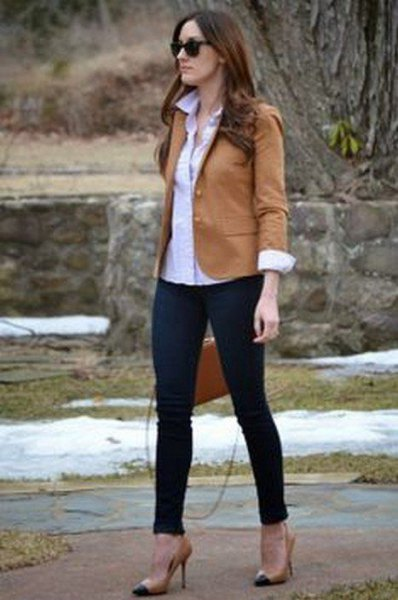 brown blazer with black jeans and pink high heels
