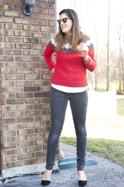 red knitted sweater with gray jeans and black ballet flats