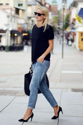 black t-shirt with blue cuff with loose fit jeans