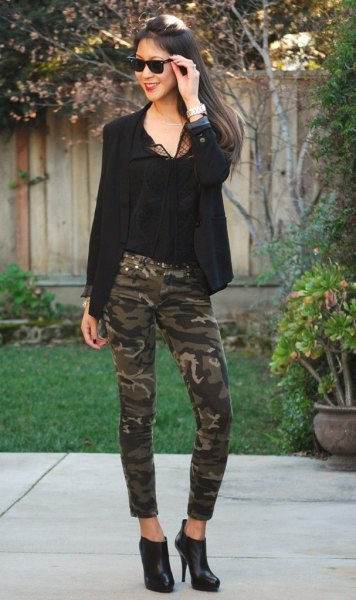 black blazer with chiffon blouse and camo skinny jeans