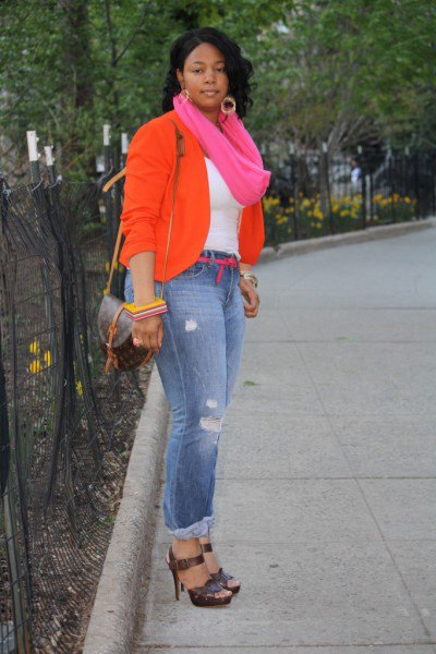 best hot pink infinity scarf and blue jeans
