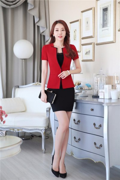 red short sleeve fitted blazer with black mini bodycon skirt