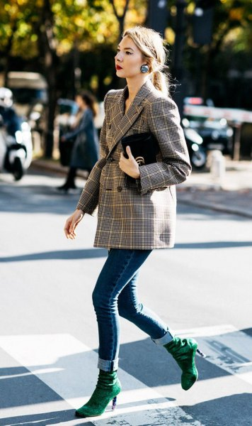 double breasted tweed blazer with dark blue cuffed skinny jeans