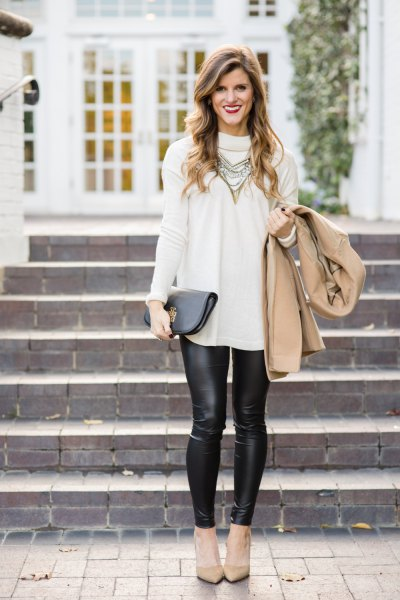white suede long shirt with leggings and pink heels