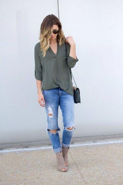 green chiffon v-neck tunic top with boyfriend jeans