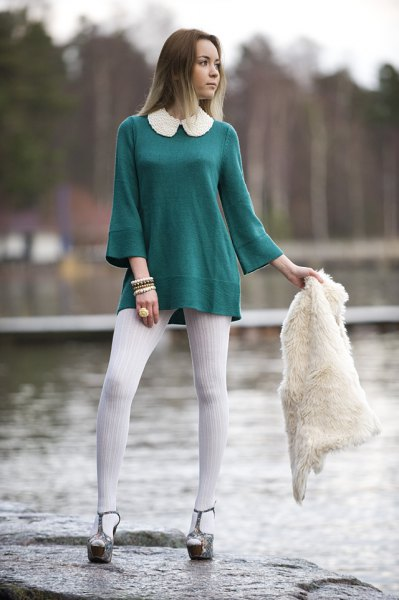 white collar with sleeve tunic top with white leggings