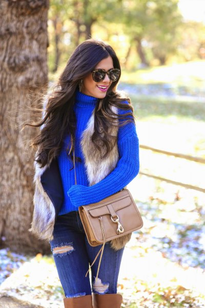 turtleneck-ribbed shirt with blue jeans and over knee-brown boots