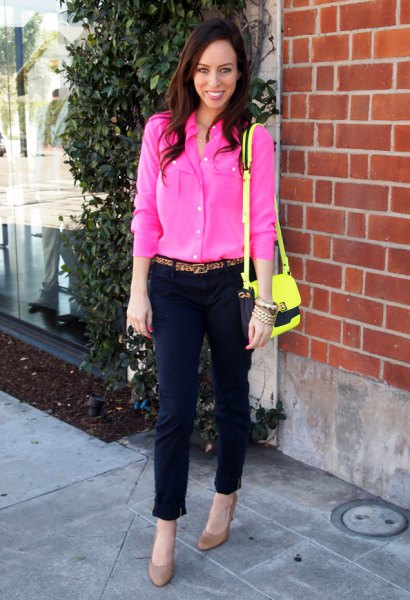 warm pink button up blouse with cropped pants and yellow shoulder bag