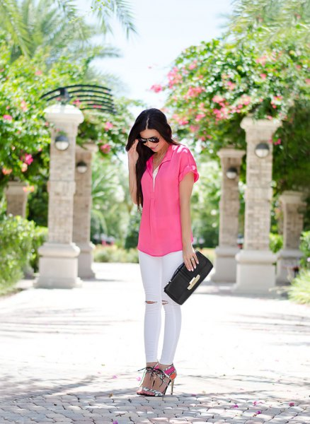 pink short sleeve button up shirt with white skinny jeans