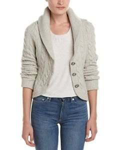 knitted blazer in ivory cable with white top with shoe neck and blue jeans