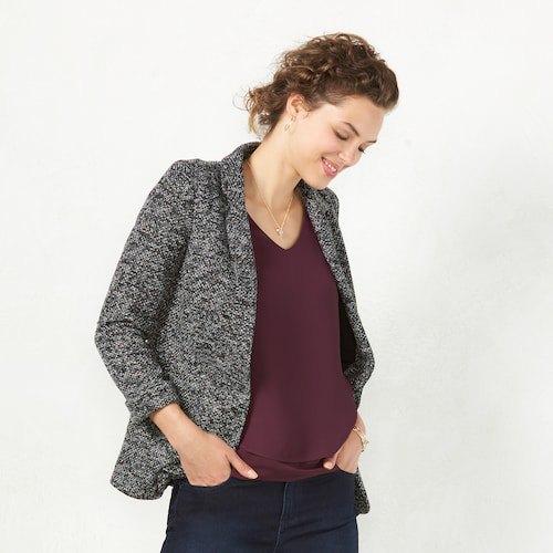 Heather gray blazer with black skinny jeans