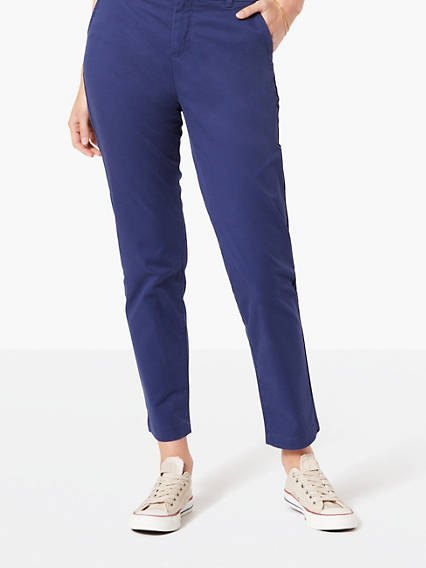 navy blue cropped chinos with white blouse
