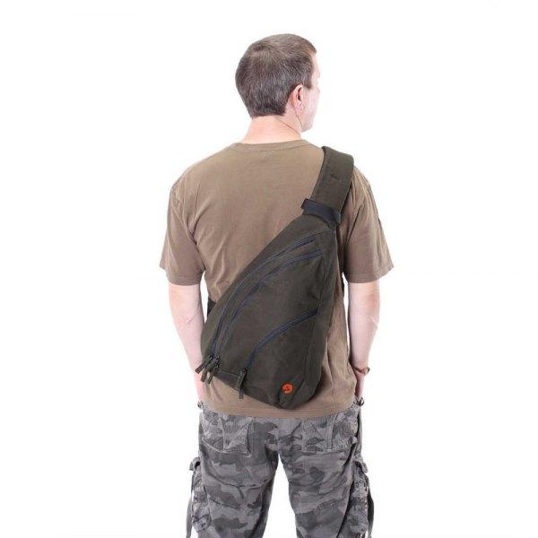 green tablecloth bag with camo pants
