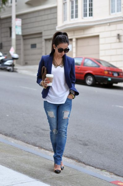 navy blazer jacket with white tee and ripped jeans