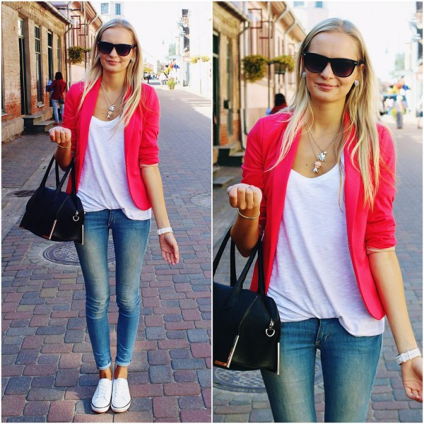 blazer with shoe neck relaxed fit top and cuffed skinny jeans