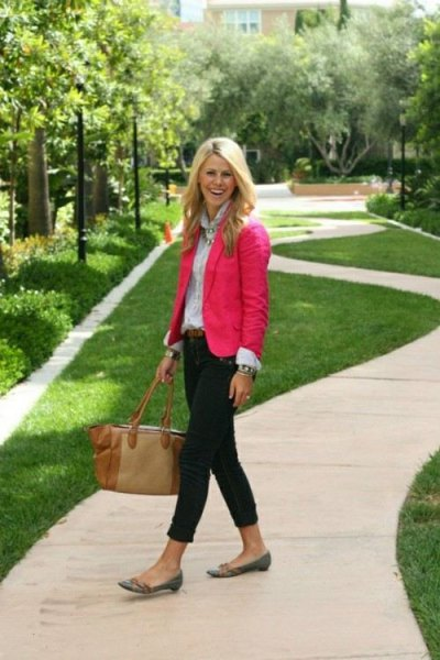 pink blazer with light blue button up shirt and black slim jeans
