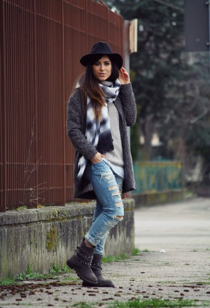 Heather gray wool coat with pull on ripped boyfriend jeans