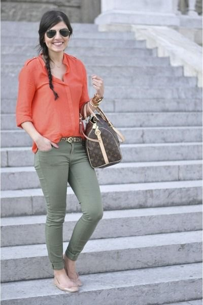 blush pink carol button up shirt with olive skinny jeans