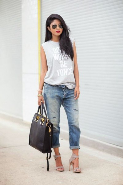 gray printed long tank top with cuffed boyfriend jeans