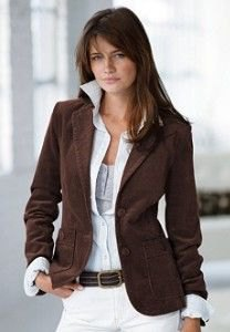 brown blazer with collar shirt and white skinny jeans