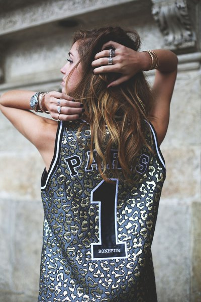 silver and pink basketball shirt with top leather with blue denim shorts