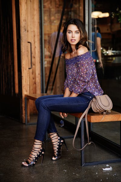 navy floral printed by shoulder lace blouse with dark blue jeans
