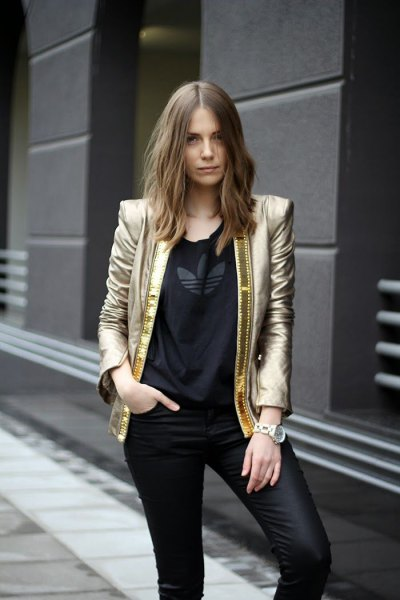gold blazer with black tee and leather leggings