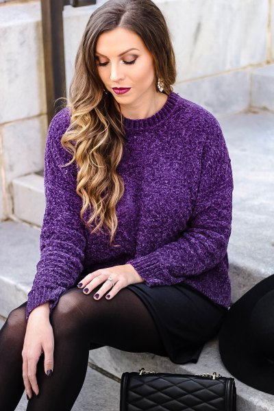 sweater with crew neck with black mini skirt